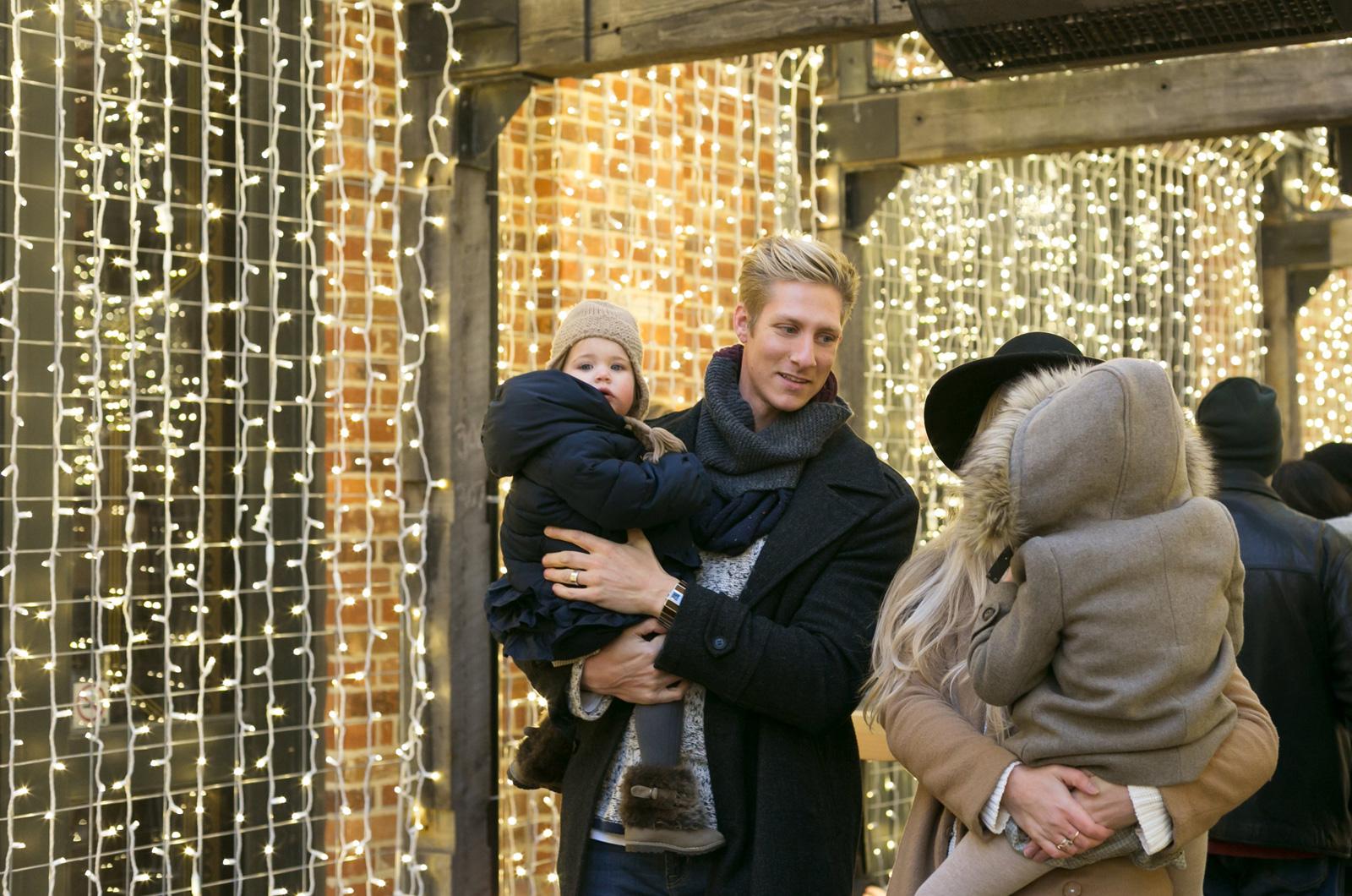 Karácsonyi rokonlátogatás kisbabával